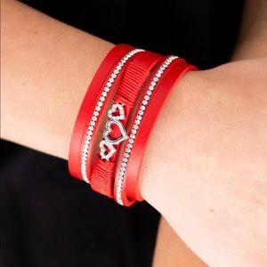 Jewelry - Heart Clasp Bracelet